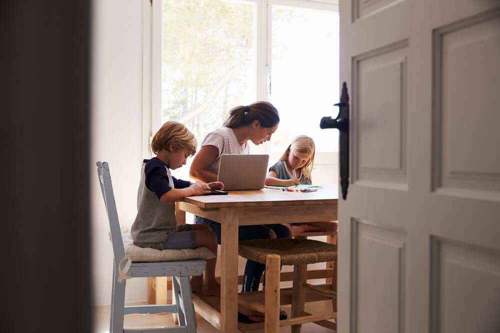 supporting-kids-with-online-learning