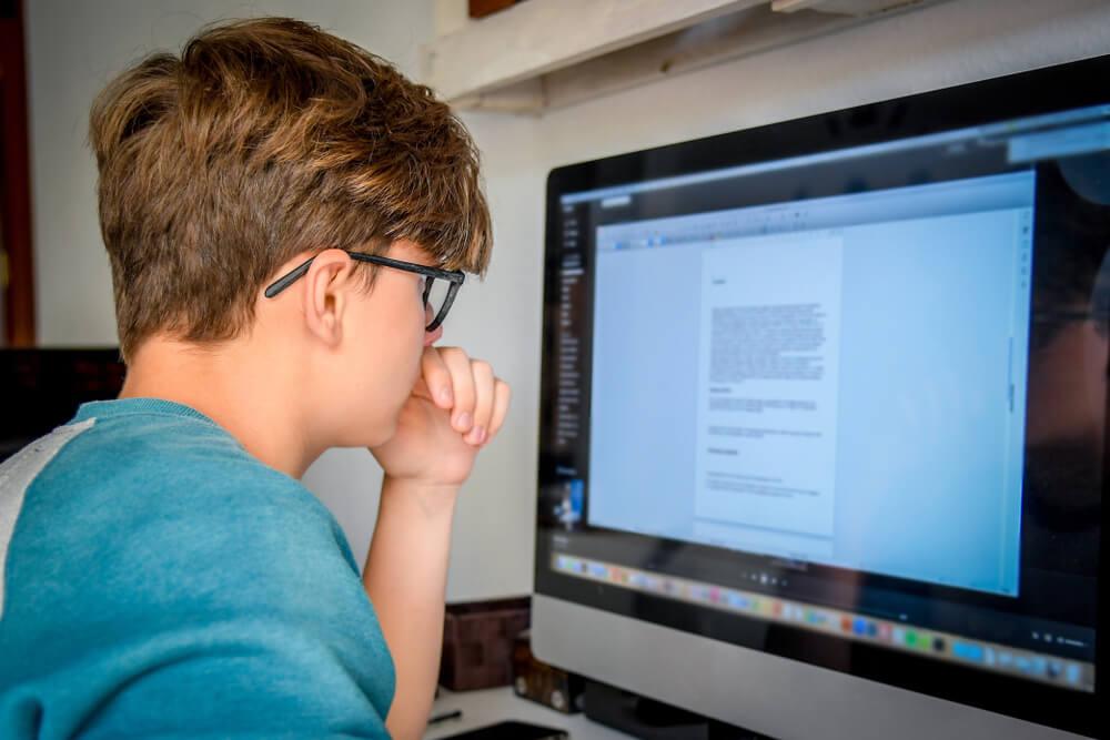homeschooling-high-school-students-materials