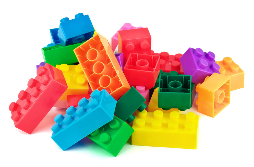 toddler-activities-lego-bricks